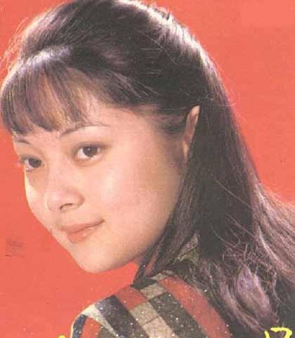 Đến năm 1990, cô sang Canada du học và định cư ở Canada kể từ đó. Hiện Trương Lợi là một doanh nhân.