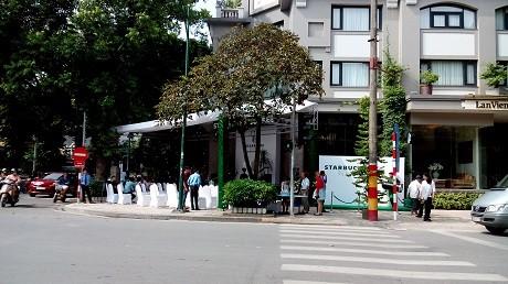 Cửa hàng Starbuck đầu tiên ở Hà Nội