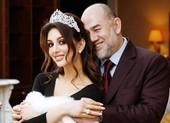 Cựu quốc vương Malaysia bất ngờ ly hôn