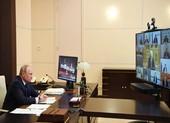 Ông Putin nới lỏng kiềm dịch dù nhiễm vẫn tăng