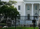 Nhà Trắng dựng rào bảo vệ phòng biểu tình sau bầu cử