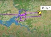 Hai phi công bị điều tra vì vẽ hình 'của quý' trên bầu trời