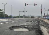 Cao tốc Đà Nẵng - Quảng Ngãi lại hư hỏng