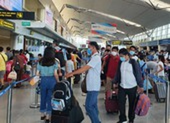 Gần 1.700 du khách đăng ký rời Đà Nẵng về quê