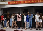 30 nam nữ dương tính ma túy trong quán karaoke