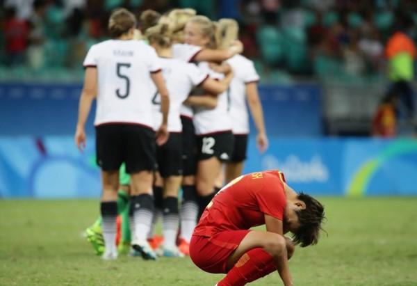 Đức đã đánh bại tuyển Trung Quốc
