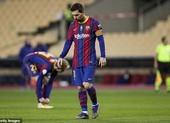 Barcelona trả giá đắt vì Messi