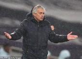Tottenham thua Chelsea, Mourinho lại đổ thừa