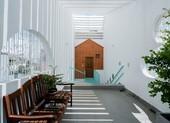 Ngắm ngôi nhà ống có không gian chồng lớp giữa lòng Sài Gòn