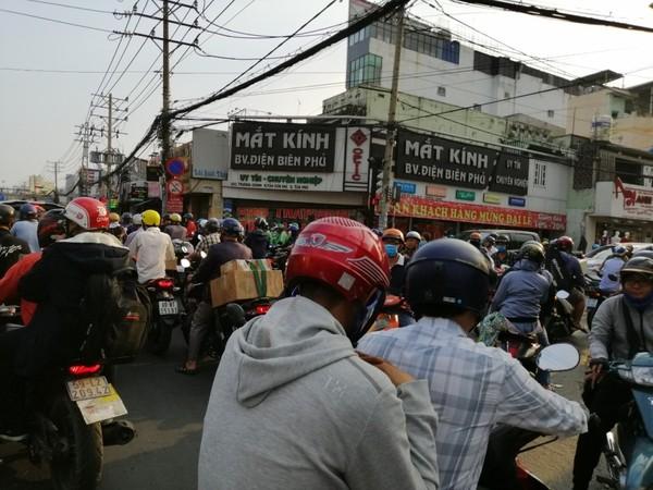 ket-xe-duong-Cong-Hoa-7