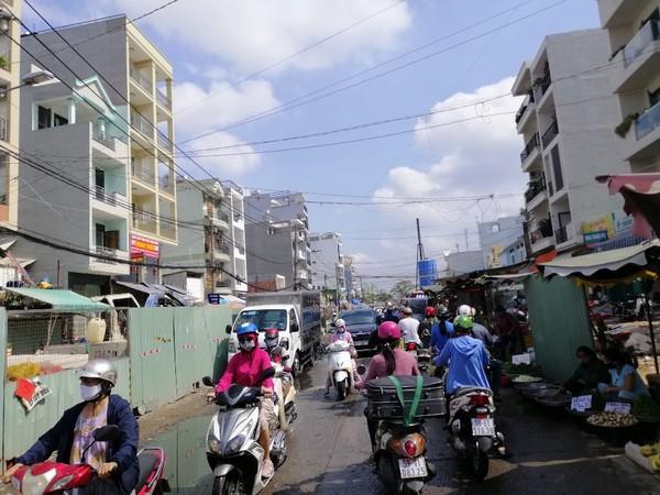 bay-hang-ra-ban-cong-trinh-6