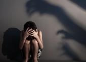 'Yêu' bé gái 12 tuổi, thiếu niên 17 tuổi lãnh 3 năm tù