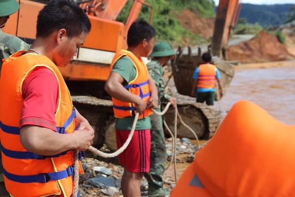 sự cố sông Bung
