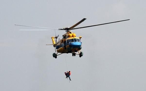 Tại sao các chiến sĩ không nhảy dù khi máy bay rơi?