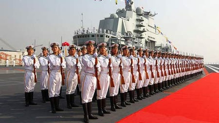 Trung Quốc nuôi tham vọng hải quân biển xanh. Ảnh: Reuters