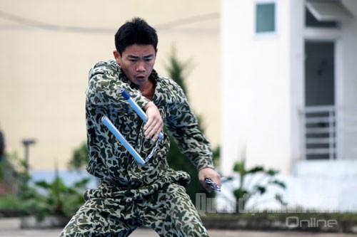 Màn trình diễn côn của một chiến sĩ đặc công.
