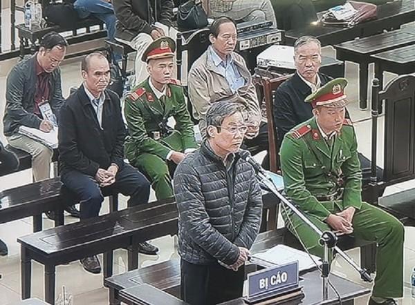 Nóng: Ông Nguyễn Bắc Son bất ngờ phản cung nhận 3 triệu USD - ảnh 1