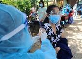 Tiêm vaccine cho dân: TP.HCM cần thêm 'đòn bẩy'