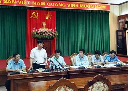 Ông Võ Nguyên Phong, Giám đốc Sở Xây dựng Hà Nội trả lời báo chí