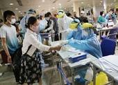 Chùm ảnh: Các bước xét nghiệm COVID-19 ở sân bay Tân Sơn Nhất