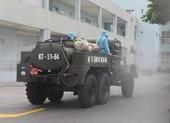 Cận cảnh Bộ Tư lệnh Thủ đô phun khử khuẩn tại Bệnh viện K