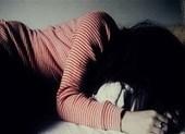 Bé gái 12 tuổi rủ bạn trai về nhà làm chuyện 'người lớn'
