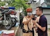 CSGT mở cao điểm kiểm tra vi phạm giao thông, nồng độ cồn