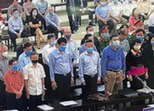 Vụ gang thép Thái Nguyên: Vắng cựu tổng giám đốc, tòa vẫn xử