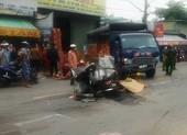 Tai nạn giữa xe máy và 2 xe tải, một người tử vong
