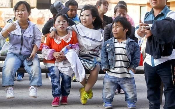 Thăm vương quốc người lùn ở Trung Quốc