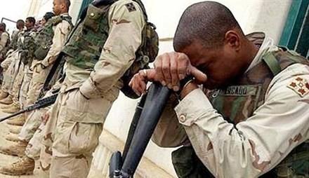 205 binh sĩ Mỹ ở Iraq và Afghanistan khi trở về nhà vẫn thường xuyên phải dùng thuốc Viagra (ảnh: Newwire).