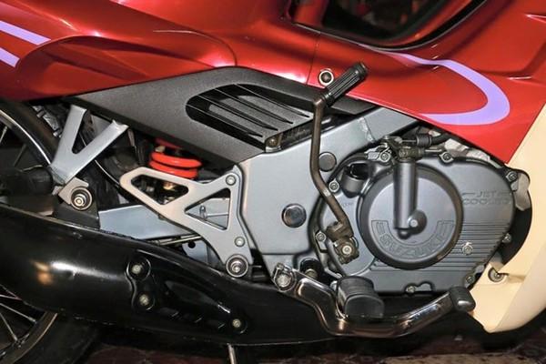 Suzuki RGV hàng hiếm được trả giá ngang Kia Morning