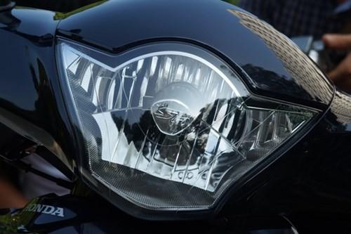 Cận cảnh Honda SH mới khởi động như ô tô - ảnh 10