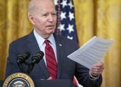 Ông Biden lên tiếng về vụ báo Hong Kong Apple Daily đóng cửa