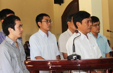 phiên tòa xử vụ án dùng nhục hình ở Phú Yên có sáu bị cáo