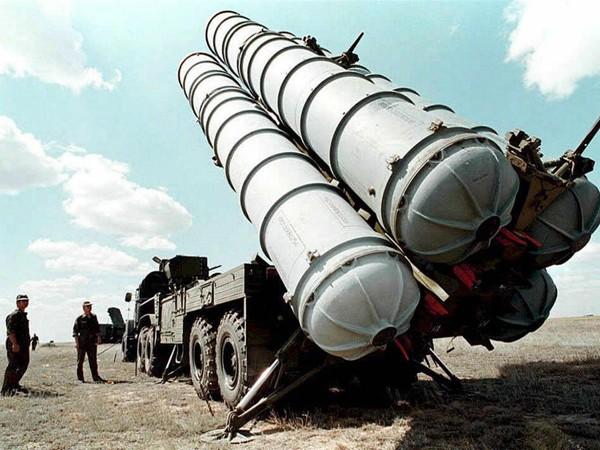 Nga chuyển thêm tên lửa đến Syria, quan chức Mỹ lo ngại