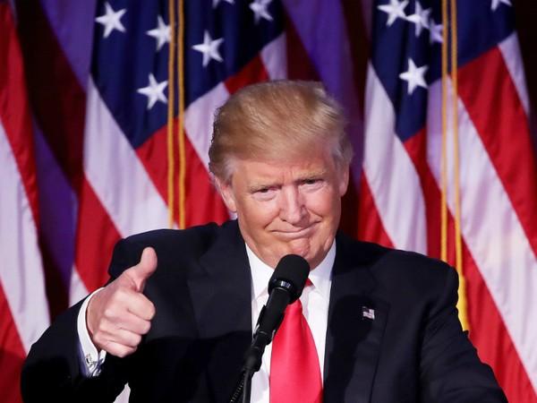 Ông Trump và cố vấn chỉnh lại một loạt cam kết tranh cử
