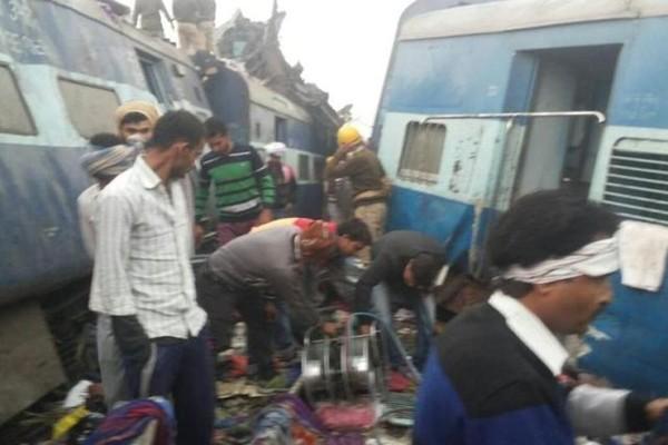 Hiện trường vụ tai nạn xe lửa tại Ấn Độ sáng 20-11. Ảnh: ABC NEWS