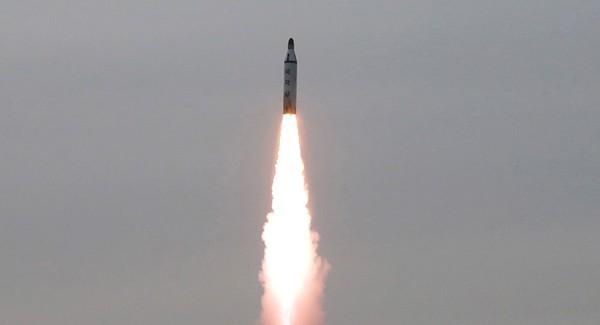 Triều Tiên sắp chế tạo được tên lửa bắn tới Seattle?