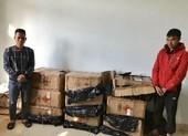 Bắt hai người chở hơn 300 kg pháo