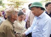 Thủ tướng: Không để dân vùng lũ đói, rét, màn trời chiếu đất