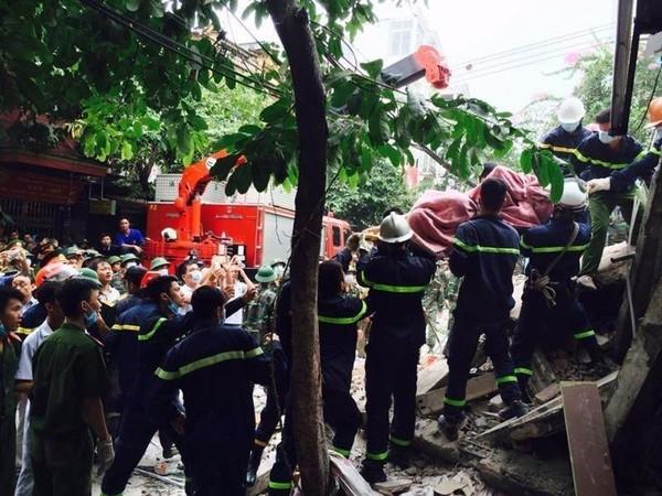 Lực lượng cứu hộ giải cứu được nạn nhân thứ 3