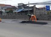 Khẩn trương dặm vá hư hỏng Quốc lộ 1 đoạn qua Tiền Giang