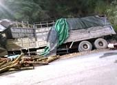 Xe tải tông vào taluy, 7 người trên cabin tử vong