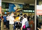 Cấm đi máy bay 1 năm hành khách lăng mạ nhân viên hàng không
