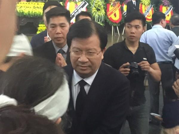 Phó Thủ tướng Trịnh Đình Dũng chia buồn cùng gia đình