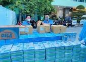 Tình người Đà Nẵng tiếp sức cho y bác sĩ chống dịch