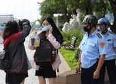 TP.HCM ra quân xử phạt không đeo khẩu trang nơi công cộng