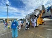 Ngày 9 và 10-8 hơn 900 người Việt từ nhiều quốc gia về nước