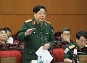 Bộ trưởng Quốc phòng giải trình quy định phong tướng